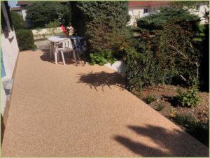 terrasse-en-tapis-de-marbre-couleur-giallo-mori
