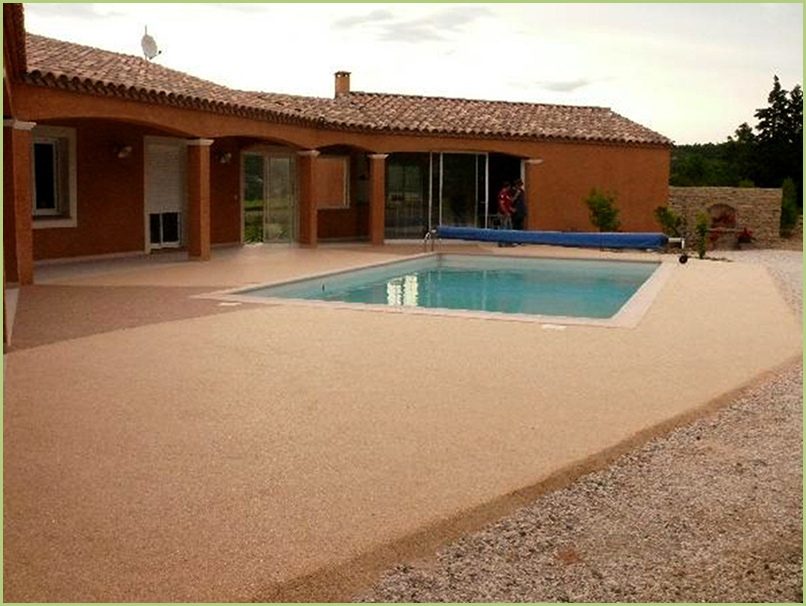 terrasse resine en couleur bardiglio chiaro-et bordures en bianco carrara