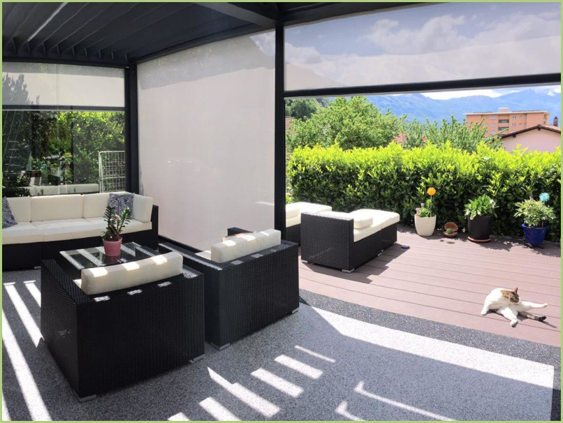 Terrasse intérieur avec motif géometrique