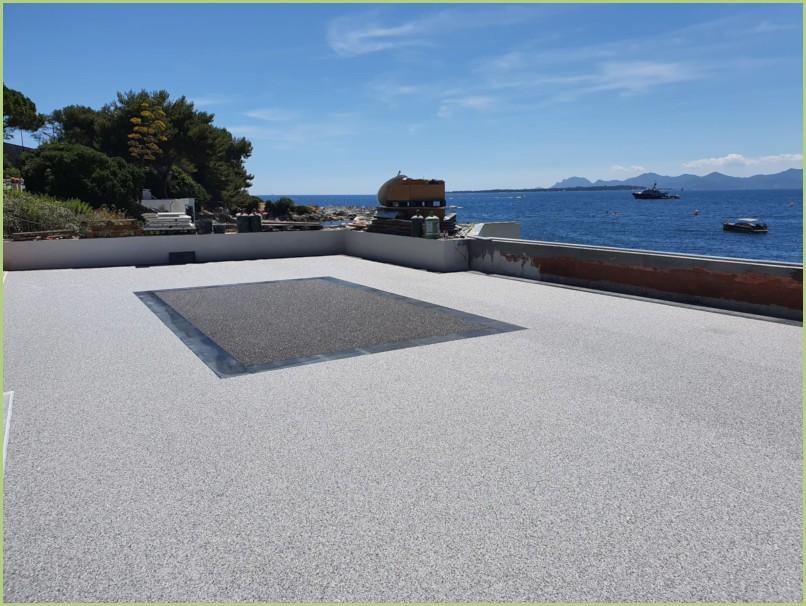 Terrasse panoramique en grigio carnico